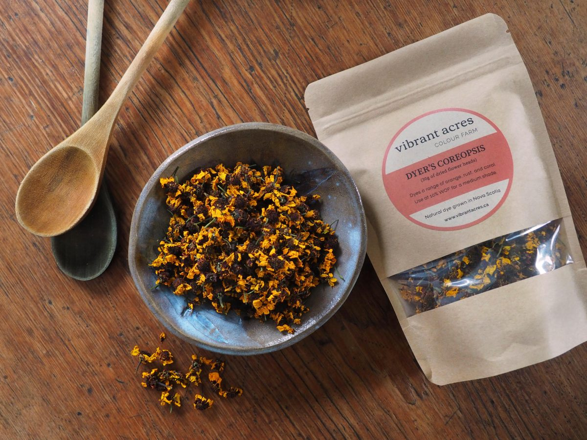 Dyer's Coreopsis natural plant dye material and package